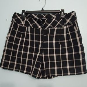 Willi Smith Kate Fit Window Pane Shorts